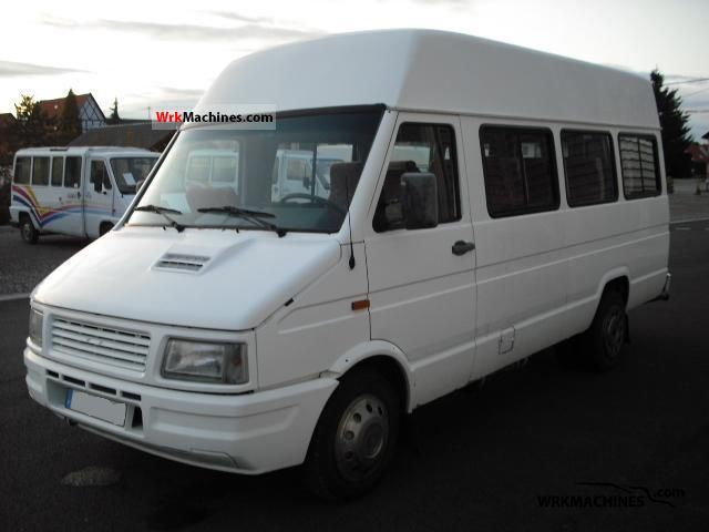 1996 IVECO Daily I 40-10 Coach Clubbus photo