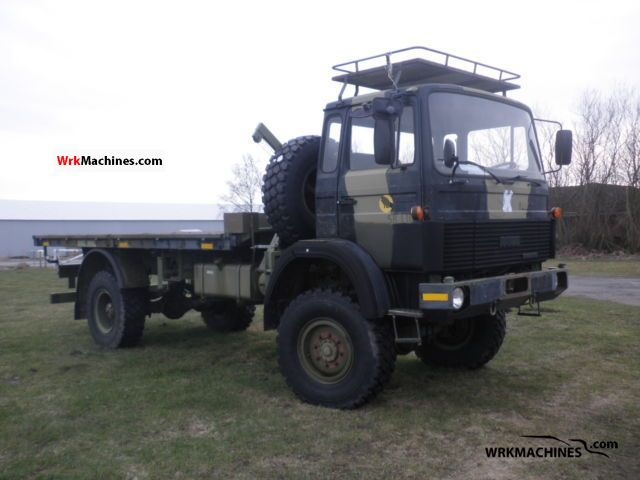 1987 IVECO MK 110-16 Truck over 7.5t Stake body photo