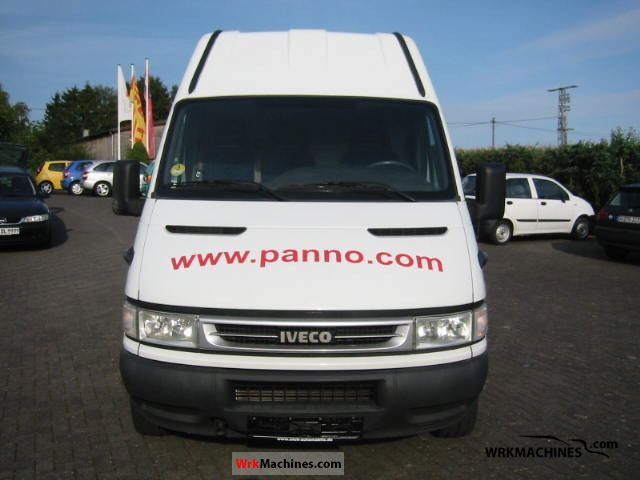 2006 IVECO Daily II 35 S 12 Van or truck up to 7.5t Box-type delivery van - high and long photo