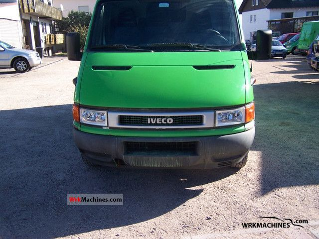 2002 IVECO Daily I 35-12 Van or truck up to 7.5t Box-type delivery van - high and long photo