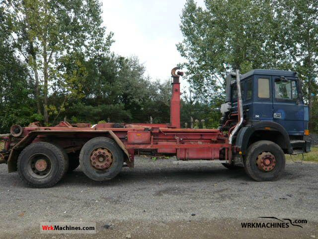 1989 IVECO P/PA 160-23 Truck over 7.5t Roll-off tipper photo