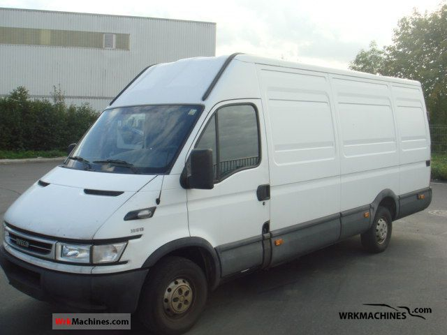 2005 IVECO Daily II 35 S 13 Van or truck up to 7.5t Box-type delivery van - high and long photo