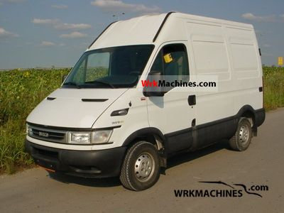 2005 IVECO Daily II 35 S 12 Van or truck up to 7.5t Box photo