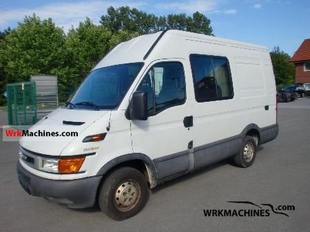 2004 IVECO Daily II 29 L 12 Van or truck up to 7.5t Box-type delivery van - high photo