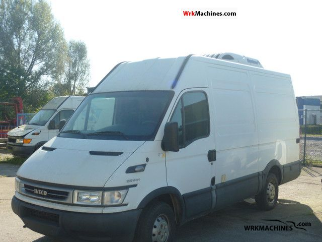 2006 IVECO Daily III 35S14 Van or truck up to 7.5t Refrigerator box photo