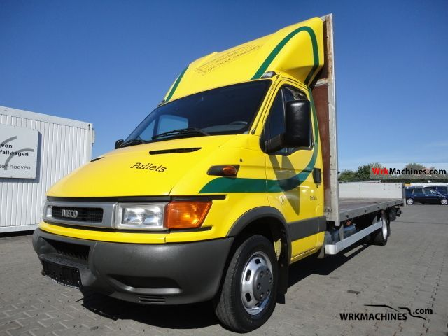 2002 IVECO Daily III 35C15 Van or truck up to 7.5t Stake body photo