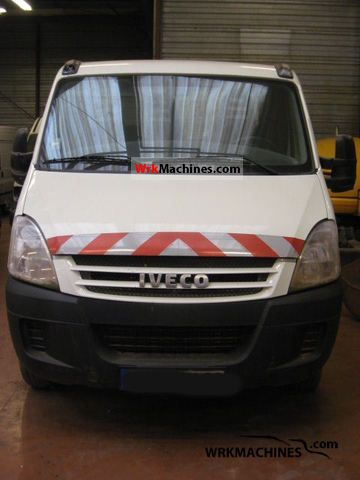 2008 IVECO Daily III 35C12 Van or truck up to 7.5t Tipper photo