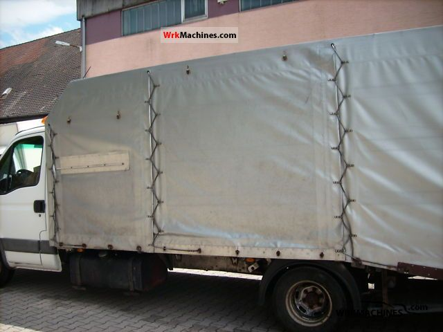 iveco daily iii 35c15 d 2003 breakdown truck photos and info. Black Bedroom Furniture Sets. Home Design Ideas