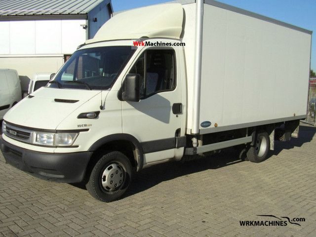 2006 IVECO Daily III 35C12 Van or truck up to 7.5t Box photo