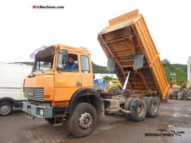 1991 IVECO P/PA 260-34 AH Truck over 7.5t Tipper photo