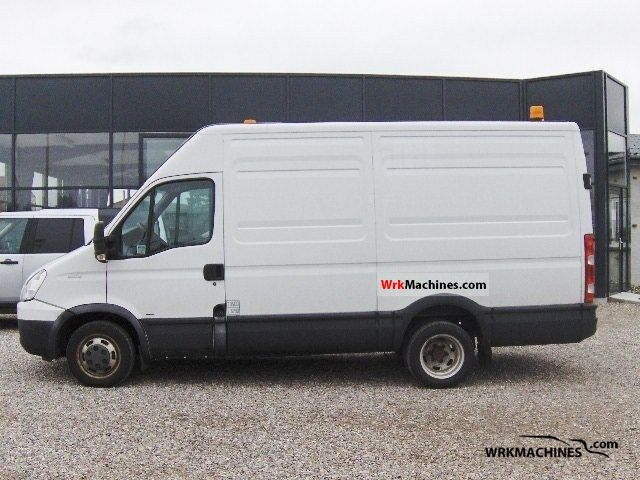 iveco daily iii 35c15 2007 other vans trucks up to 7 5t photos and info. Black Bedroom Furniture Sets. Home Design Ideas