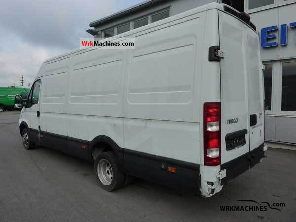 2006 IVECO Daily III 35C12V Van or truck up to 7.5t Box-type delivery van - high and long photo