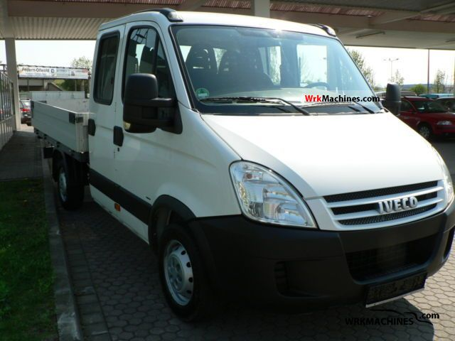 2007 IVECO Daily III 29L14 Van or truck up to 7.5t Stake body photo