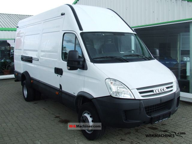 2007 IVECO Daily III 65C15 Van or truck up to 7.5t Box-type delivery van - high and long photo