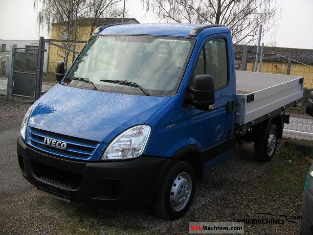 2006 IVECO Daily II 29 L 12 Van or truck up to 7.5t Stake body photo