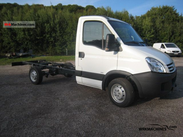 2009 IVECO Daily III 29L12 Van or truck up to 7.5t Chassis photo