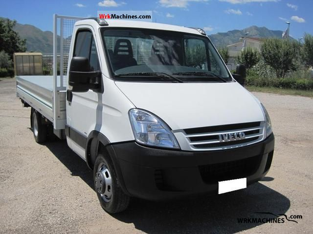 2007 IVECO Daily III 35C12 Van or truck up to 7.5t Other vans/trucks up to 7,5t photo