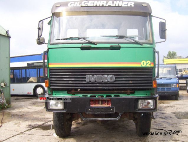 1986 IVECO P/PA 260-30 Truck over 7.5t Three-sided Tipper photo
