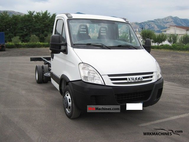 2008 IVECO Daily III 35C18 Van or truck up to 7.5t Chassis photo