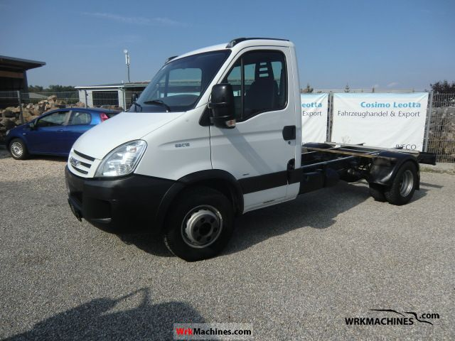 2007 IVECO Daily III 65C15 Van or truck up to 7.5t Chassis photo