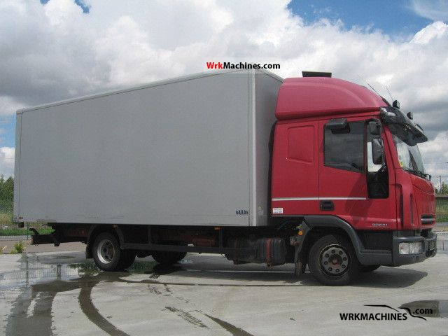 2004 IVECO EuroCargo 90 E 21 Truck over 7.5t Box photo