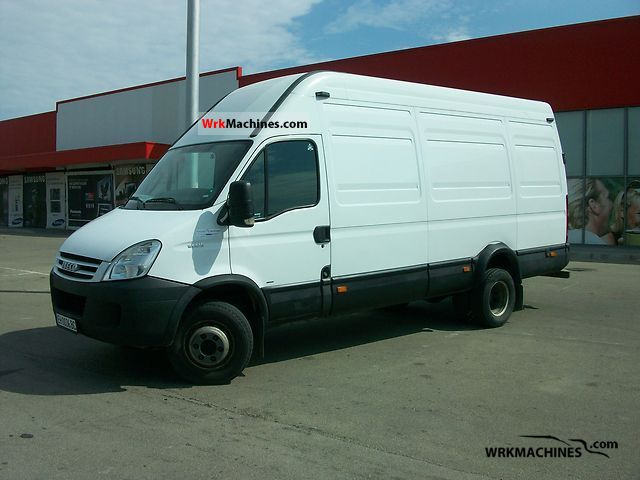 2007 IVECO Daily III 65C18 Van or truck up to 7.5t Box-type delivery van - high photo