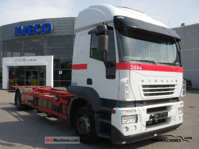 2006 IVECO Stralis AT 190S35 Truck over 7.5t Swap chassis photo