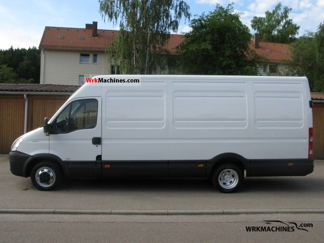 2007 IVECO Daily II 35 C 15 Van or truck up to 7.5t Other vans/trucks up to 7,5t photo