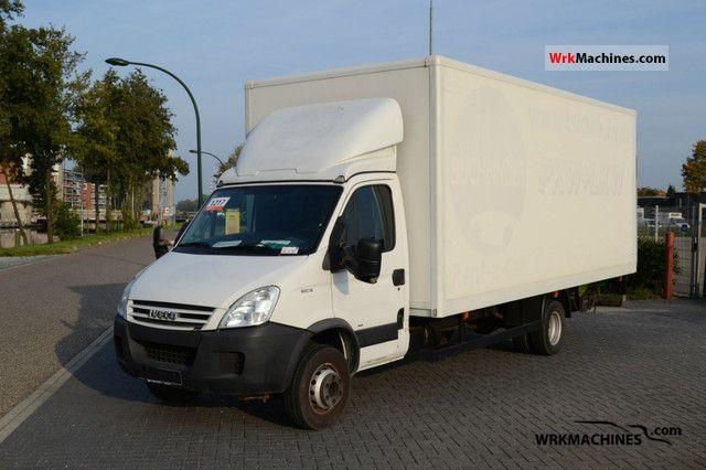 2007 IVECO Daily III 65C18 Van or truck up to 7.5t Box-type delivery van photo