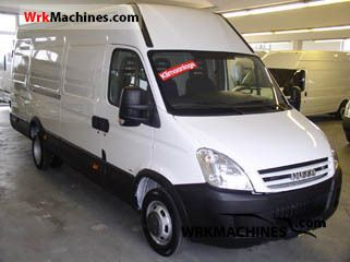 2009 IVECO Daily III 35C15 Van or truck up to 7.5t Box-type delivery van - long photo