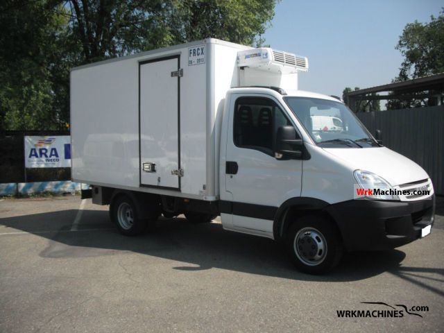 2007 IVECO Daily III 35C12 Van or truck up to 7.5t Refrigerator box photo