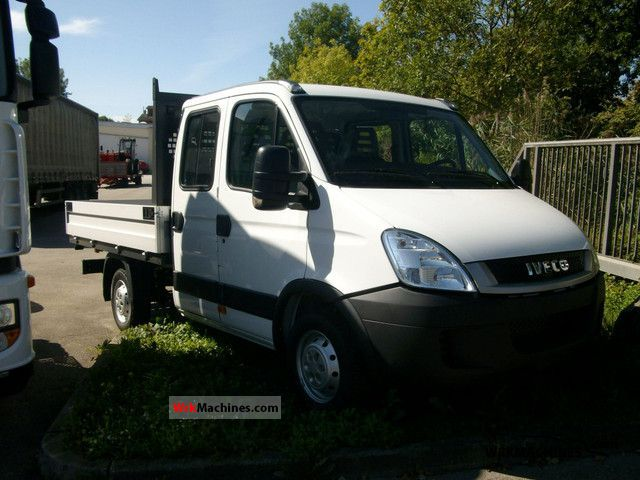 2011 IVECO Daily III 29L12 Van or truck up to 7.5t Stake body photo