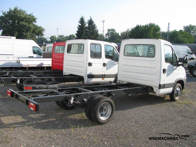 iveco daily iii 35c15 2011 chassis photos and info. Black Bedroom Furniture Sets. Home Design Ideas