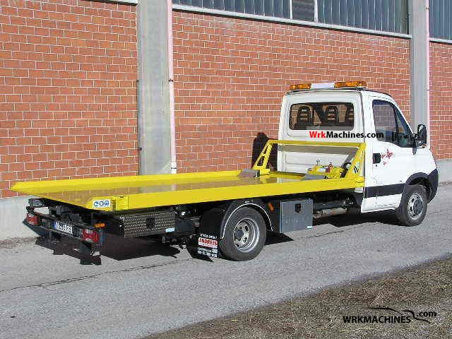 2006 IVECO Daily III 35C12 Van or truck up to 7.5t Breakdown truck photo