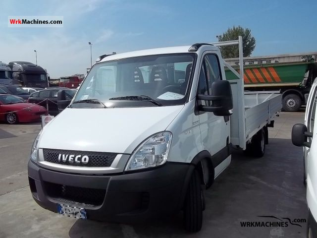 2010 IVECO Daily III 35C18 Van or truck up to 7.5t Other vans/trucks up to 7,5t photo