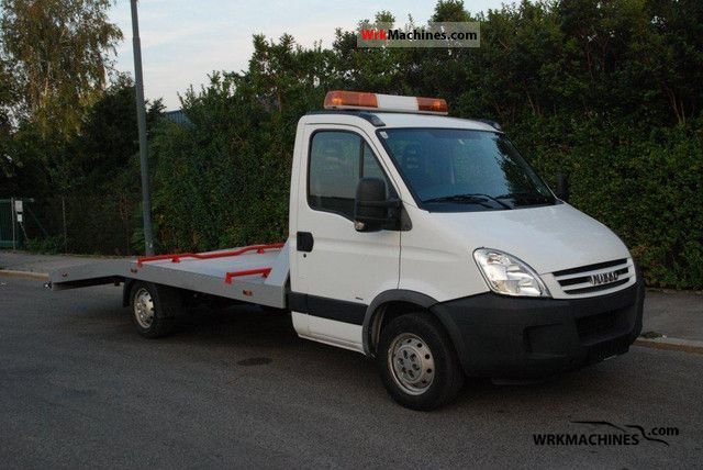 2008 IVECO Daily III 35S14 Van or truck up to 7.5t Breakdown truck photo