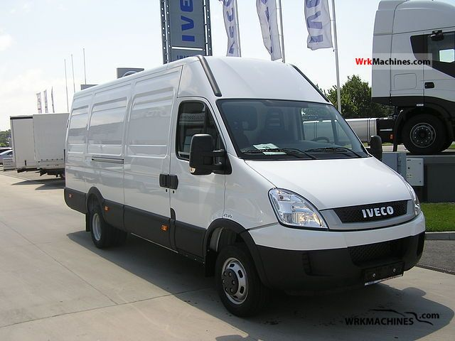 iveco daily iii 35c15 2011 box type delivery van long. Black Bedroom Furniture Sets. Home Design Ideas