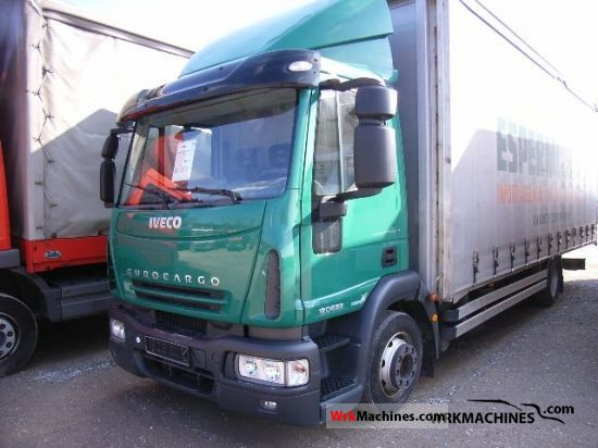 2007 IVECO EuroCargo 120 E 28 Truck over 7.5t Stake body and tarpaulin photo