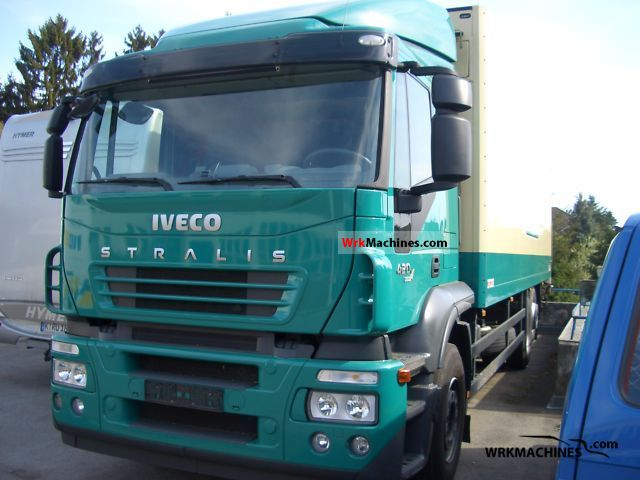 2006 IVECO Stralis 260S42 Truck over 7.5t Box photo