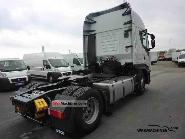 Tractor Trailer Units : Iveco stralis as s standard tractor trailer unit