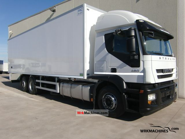 2008 IVECO Stralis AT 440S42 Truck over 7.5t Refrigerator body photo
