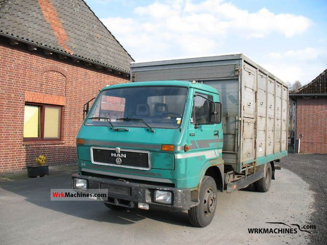 1988 MAN G 90 8.150 Van or truck up to 7.5t Cattle truck photo