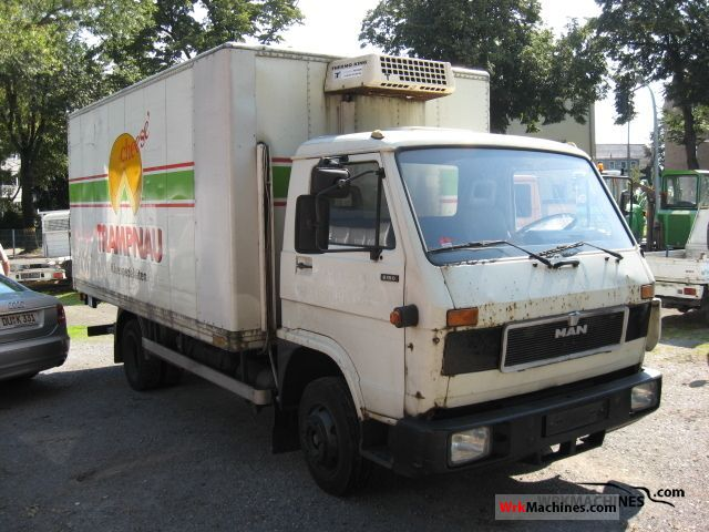 1991 MAN G 90 8.150 Van or truck up to 7.5t Refrigerator body photo