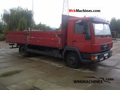 1995 MAN L 2000 10.153 Truck over 7.5t Stake body photo