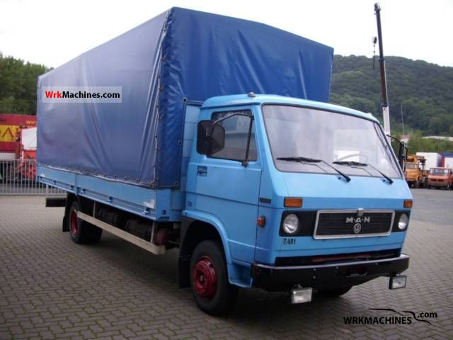 1986 MAN G 8.136 Van or truck up to 7.5t Stake body and tarpaulin photo