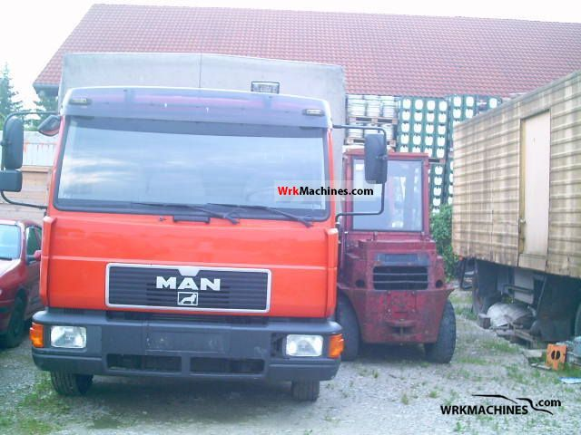 1994 MAN L 2000 8.163 Van or truck up to 7.5t Stake body and tarpaulin photo