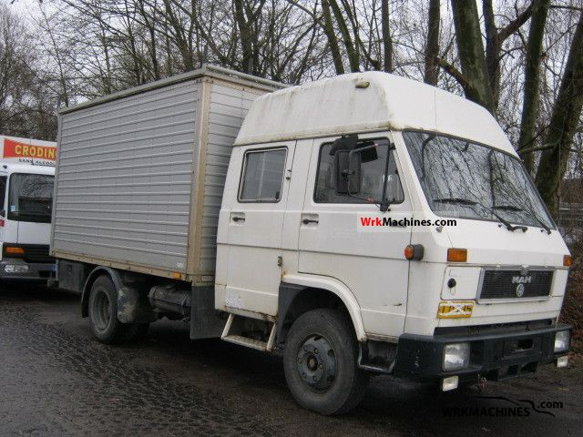 1992 MAN G 90 8.150 Van or truck up to 7.5t Box photo