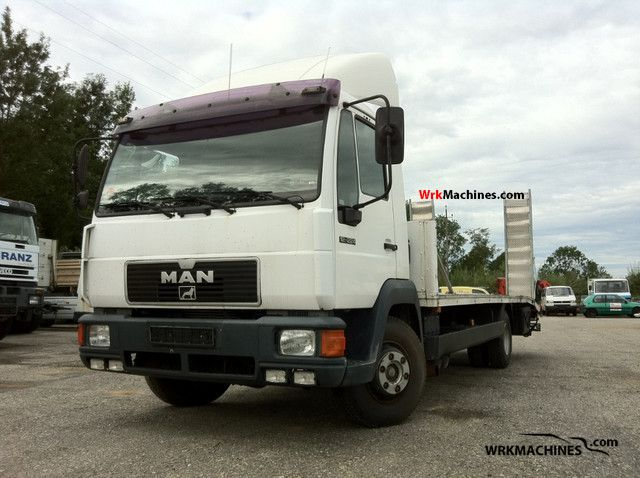 1996 MAN M 2000 L 12.224 Truck over 7.5t Stake body photo