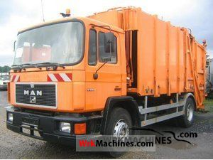 1990 MAN M 90 17.232 Truck over 7.5t Refuse truck photo