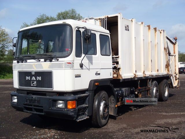 1993 MAN F 90 25.272 Truck over 7.5t Refuse truck photo